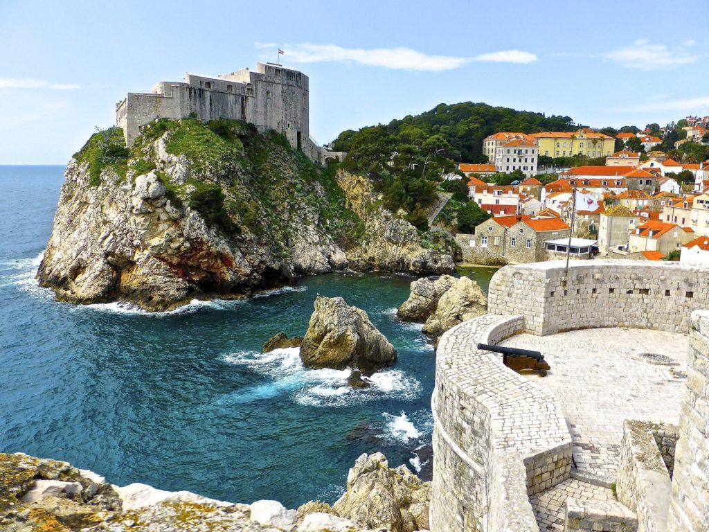 Le fort de Lovrijenac vu depuis les remparts de Dubrovnik - tournage de Game of Thrones